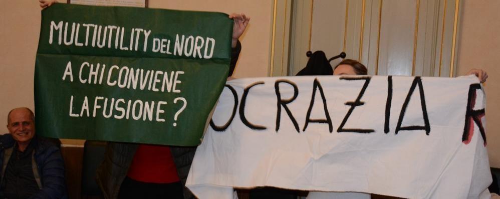 Lario Reti Holding  Passa la nuova multiutility