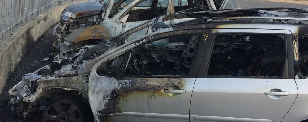 Missaglia, molotov contro autofficina  Semidistrutte due vetture, danni ingenti
