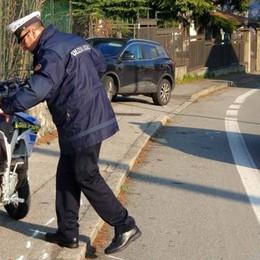 Giovanissimo cade dallo scooter  In prognosi riservata al Manzoni