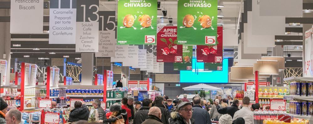Centro commerciale Bennet  Positivo l'avvio a Chivasso