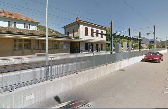 Stazione di Magliaso Ticino. Foto da Google Maps