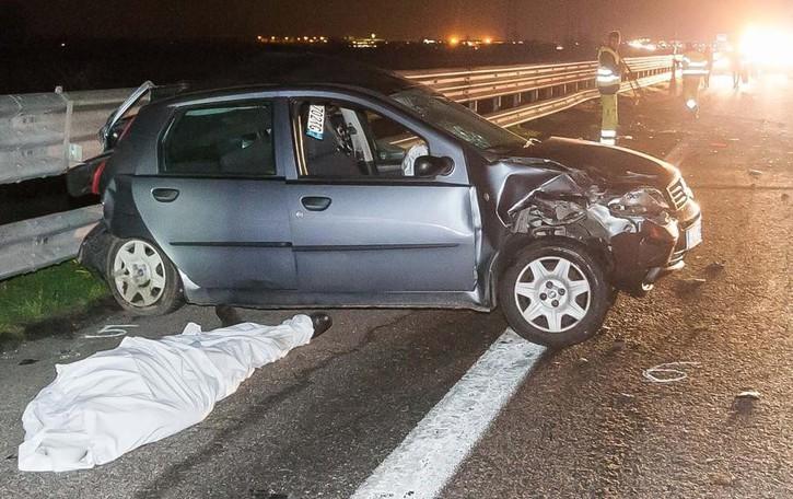 Tamponato da un Cayenne sull'A21  Cuoco derviese muore sul colpo