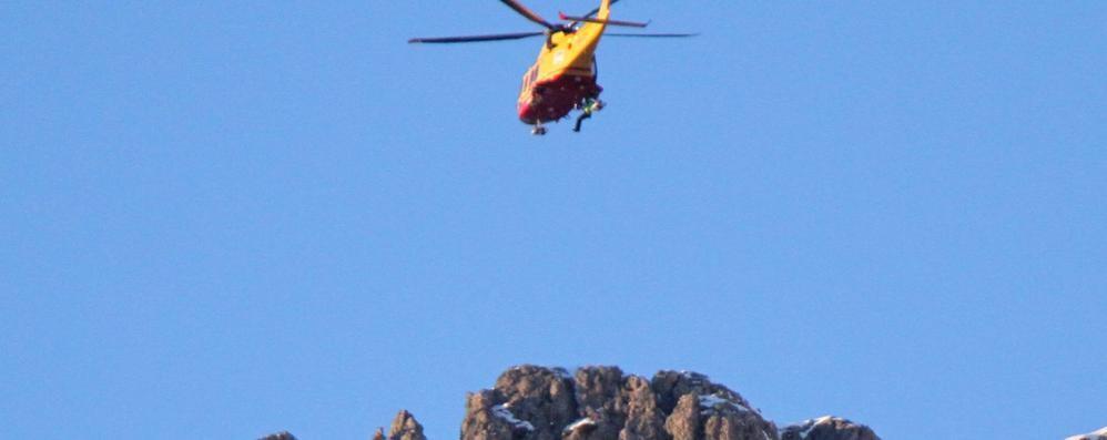 In difficoltà sul monte Grona  Paura per due americani