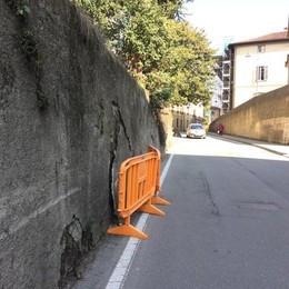 Muro di via Cazzaniga  «Garantire la sicurezza