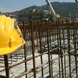 Valmadrera lavoratori in nero   Sospeso il cantiere in via San Martino
