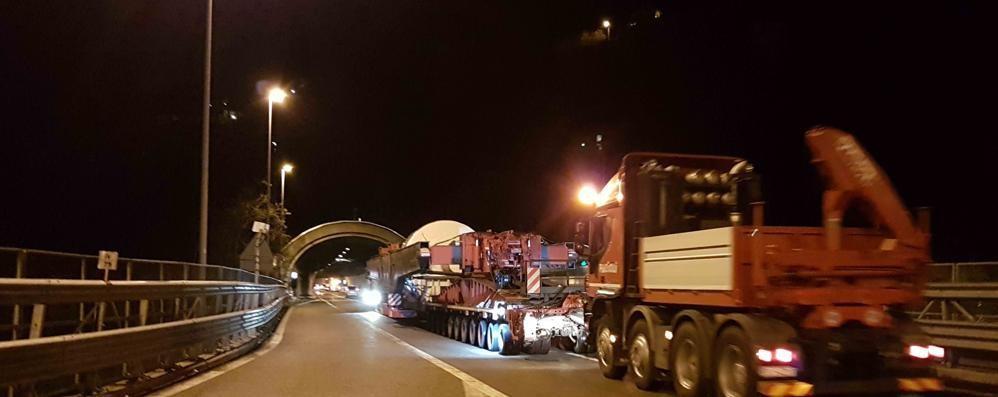 C'è il trasporto eccezionale: chiusa di notte la statale 38