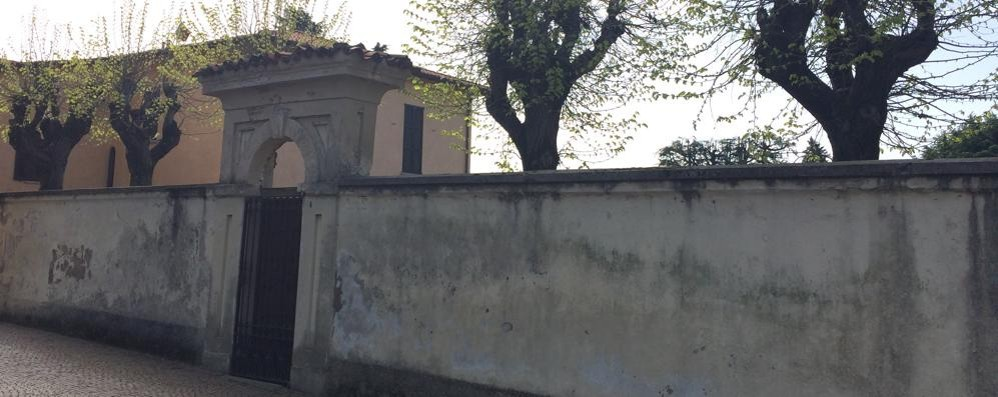 Razzia in canonica a Merate  I ladri in fuga con tremila euro