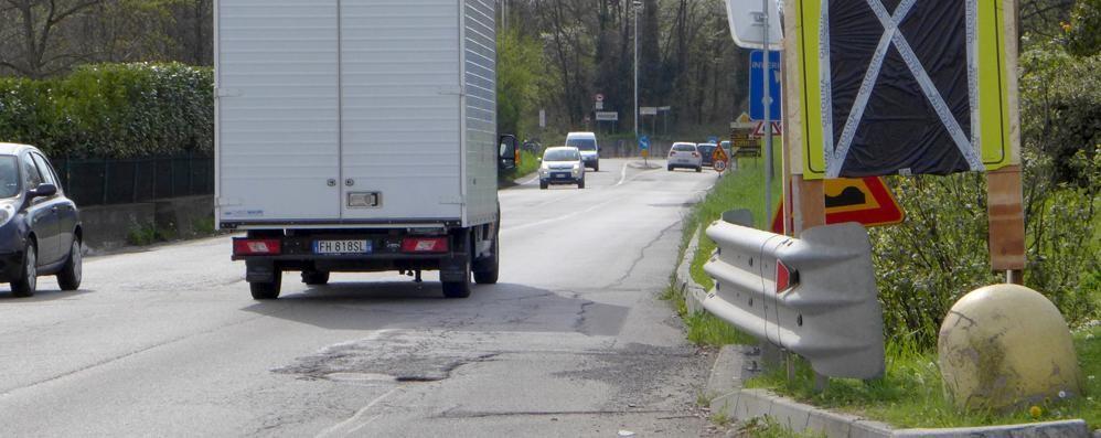 Falsa partenza dei lavori a Lambrugo  Da domani il semaforo sulla Briantea