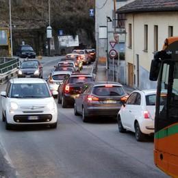 Lecco-Ballabio, ripartono i lavori  Tre giorni di passione per il traffico