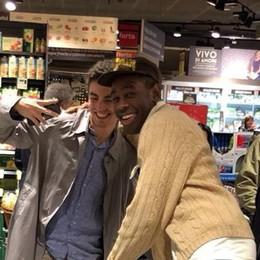 Rapper americano a Como  Tyler the Creator al supermercato