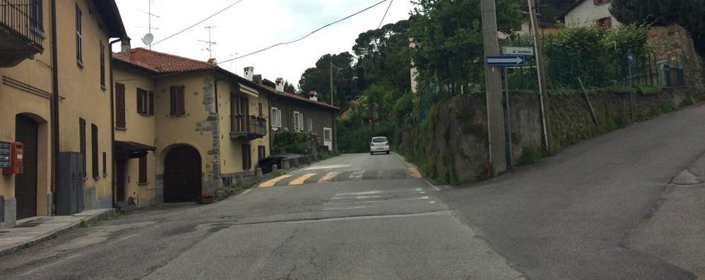 Via Pilata a Olgiate, si cambia  Doppio senso, ma con il semaforo
