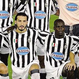 Tacchinardi alla Zidane  per la seconda squadra  con il marchio Juventus