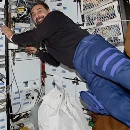 Viaggio tra le stelle con l'astronauta