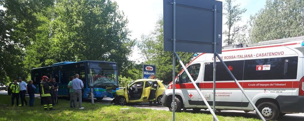 Barzago, scontro con il bus di linea  Operata la donna, è fuori pericolo