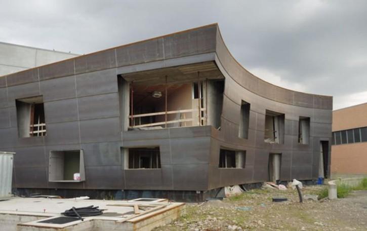 Annone, il capannone dei rottami  vince il premio di architettura