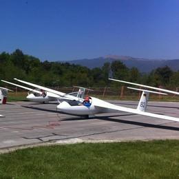 Precipita aliante in Valtellina  Ferito pilota, partito da Alzate