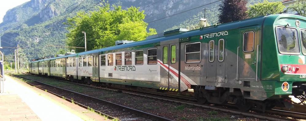 Guasto sulla linea ferroviaria  Treno fermo tra Lierna e Varenna