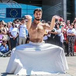 Migranti: ballerino siriano Ahmad Joudeh danza al Pe
