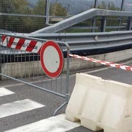 Ponte di Isella, i tempi si allungano  «Modifiche e burocrazia. Tutto fermo»