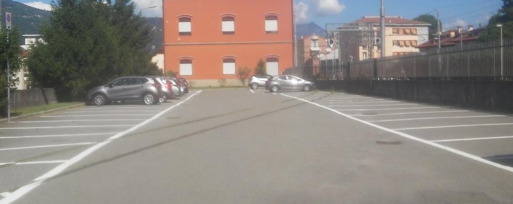 Mandello,  cantiere area manifestazioni   Il mercato trasloca in piazza stazione