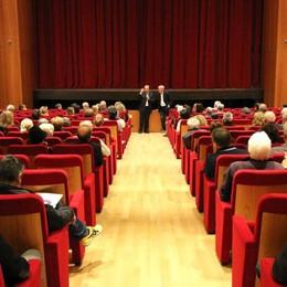 Abbonamenti a teatro, bloccata la prelazione: «Rivedremo le regole»