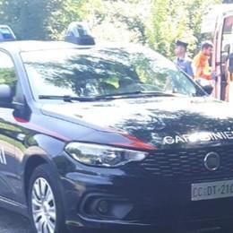 Carabiniere ferito durante un controllo  Un colpo di pietra a una mano   A Barzago è caccia all'uomo