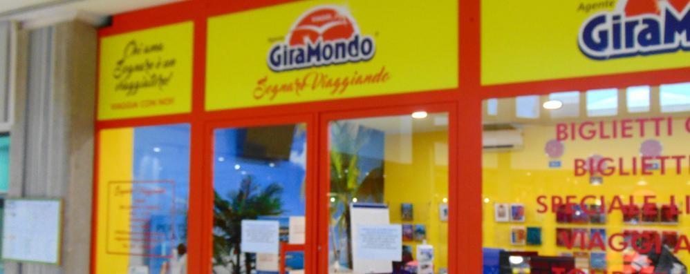 Chiude l'agenzia viaggi   Spariti i soldi dei clienti a Cantù