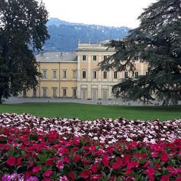 Como, il parco di Villa Olmo chiude per la festa privata: da oggi fino al 26