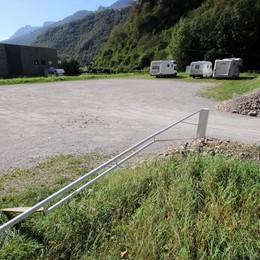 Isola ecologica dentro il parcheggio  Simonetti: «Sarà a prova di portoghesi»