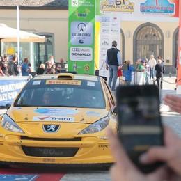 Rally, l'imbocco della strada resta aperto