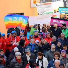 Marcia della pace, Lecco in piazza  per la solidarietà