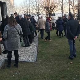 Albavilla, l'addio a Mattia Mingarelli Centinaia di persone ai funerali