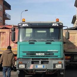 Calolzio, stabilità del ponte  Prova con tre camion e traffico interrotto