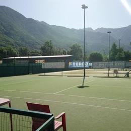 Tennis e bocce in notturna, si può fare  Nuova luce sopra l'ex centro del Gasp