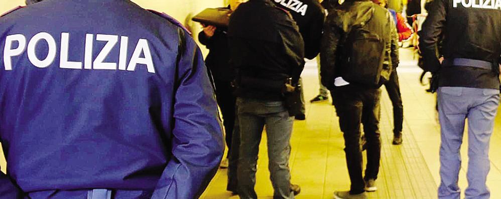Pendolare lecchese aggredita sul treno  Arrestato un uomo