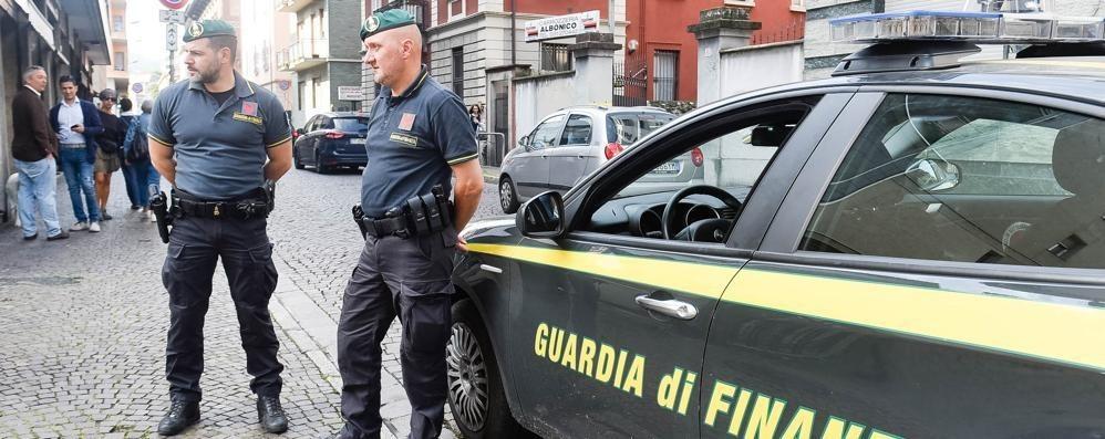 Presa la banda delle bancarotte I finanzieri arrestano 34 persone L'ombra della criminalità