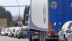 Casiglio, meno soldi dal semaforo  Ma diminuiscono anche le code