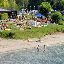 """Il """"sì"""" più romantico è sulla spiaggia  Ad Abbadia ora si può"""