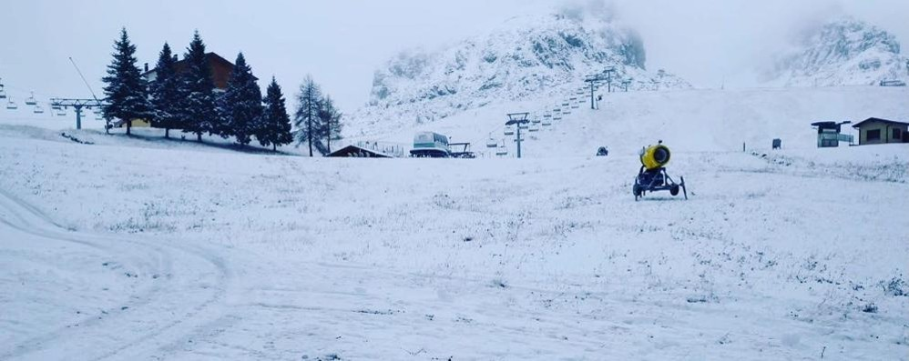 Bobbio, prima neve  piste aperte a fine mese