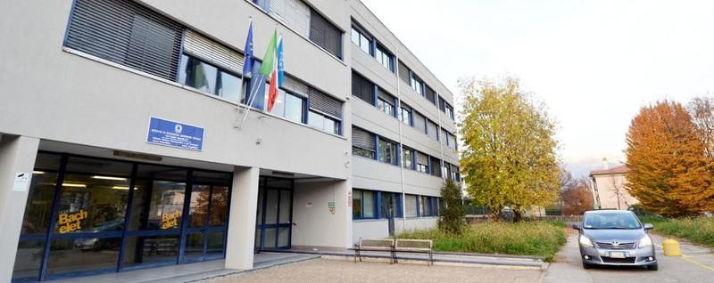 Oggiono: Bachelet, scuola di campioni Progetto sperimentale per 24 studenti - La Provincia di Lecco