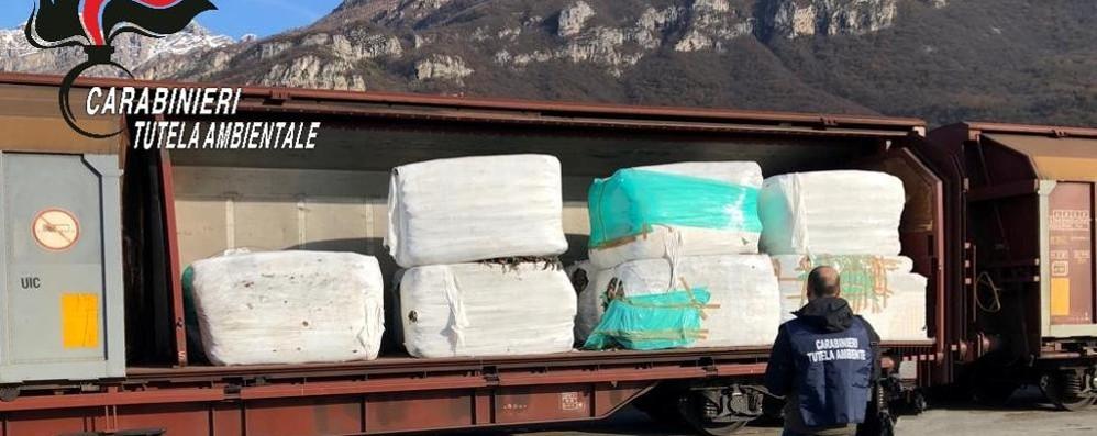 """Rifiuti """"non a norma"""", maxi sequestro nello scalo ferroviario di Lecco"""
