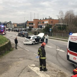 Incidente a Calco, cinque feriti  Sp342 bloccata traffico in tilt