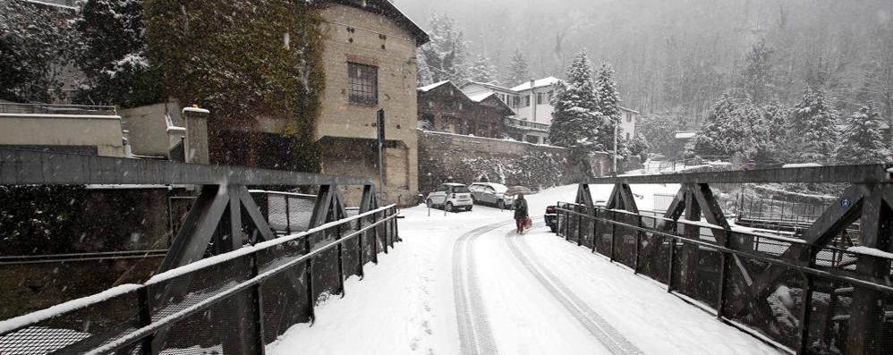 Lecco, poca neve in città Super e strade pulite