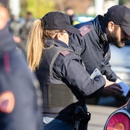 Baby gang, blitz in città Arresti e denunce per 17 minorenni