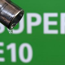 Ue verso divieto uso olio palma non certificato in biodiesel