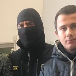 """Valmadrera, il """"Comandante Alfa""""    conquista gli studenti"""