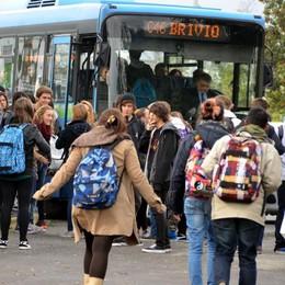 Meno automobili, largo agli autobus  Sei linee per collegare dieci Comuni