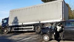 Oggiono, traffico in tilt  dopo un incidente