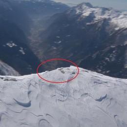 Morto in motoslitta  Sulla neve erano in 11  «Rischiata la strage»