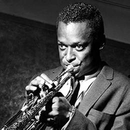 Lezione di jazz con Miles Davis  Suoni di un camaleonte musicale